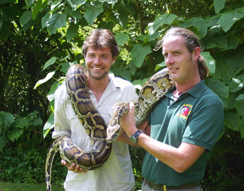 steve-leonard-vet-and-presenter-and-nick-reynolds-director-paradise-park